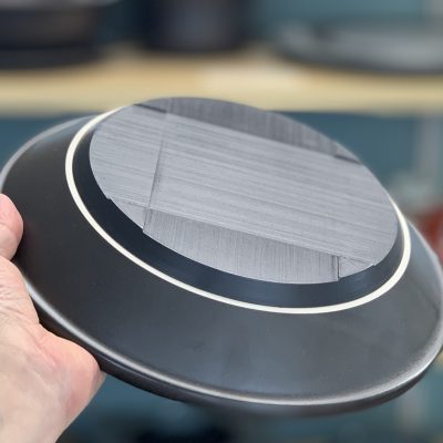 ぶ厚い鍋底のカーボン発熱体